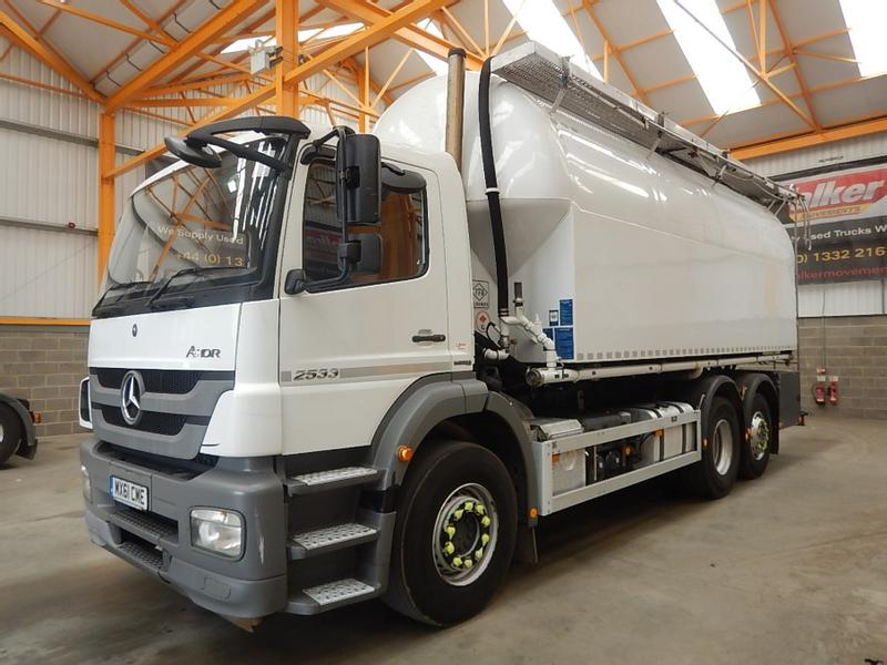 MERCEDES BENZ AXOR 2533 26 TONNE 6 X 2 WOOD PELLET PRESSURE VESSEL/BLOWER - 2011 - MX61 CME