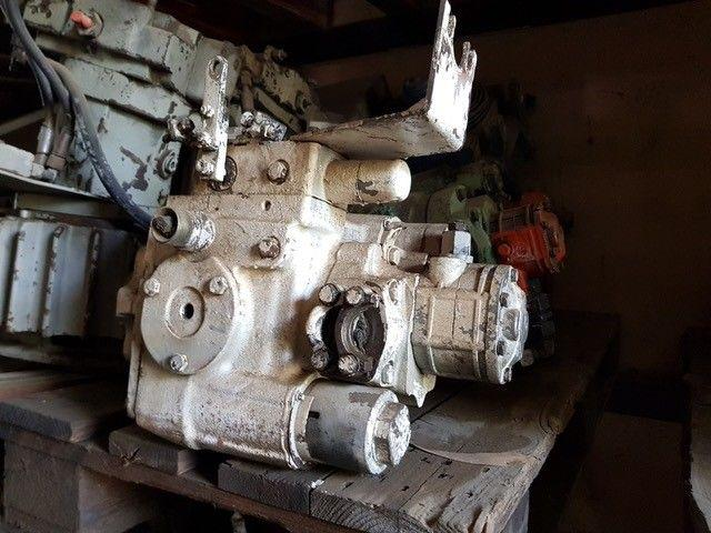 /Hydraulic Pump SUNSTRAND SAUER SPV2/070