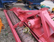 Kuhn HR4001D Power Harrow 4 metre Packer Roller